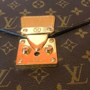 Louis Vuitton Bags - Louis Vuitton one briefcase brown monogram laptop